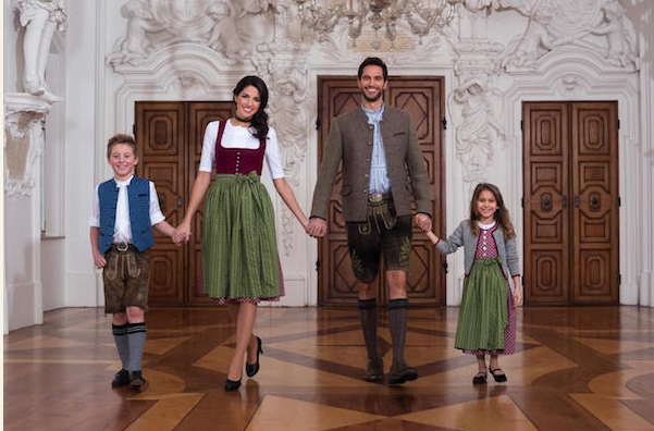 Familie-Tracht-Volksfest